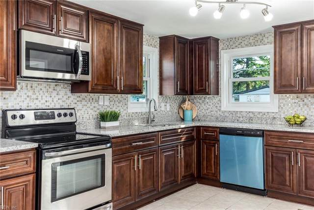 1094 Piney Marsh Ct, Virginia Beach, VA 23454 (#10407431) :: Berkshire Hathaway HomeServices Towne Realty