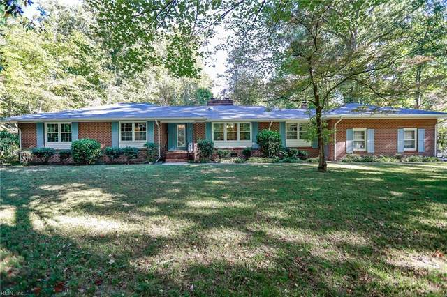 157 Dennis Dr, York County, VA 23185 (#10407584) :: Momentum Real Estate