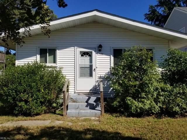 1560 Frost Rd, Virginia Beach, VA 23455 (#10407616) :: Rocket Real Estate