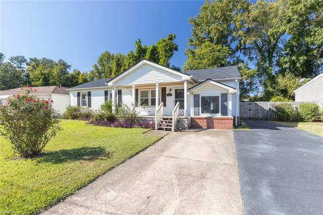 1062 Saint Julian Dr, Chesapeake, VA 23323 (#10407659) :: Berkshire Hathaway HomeServices Towne Realty