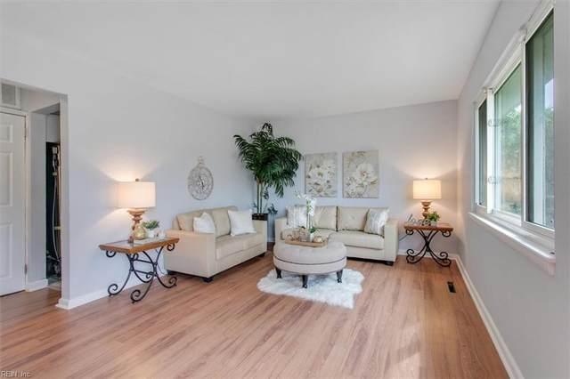 4820 Linshaw Ln, Virginia Beach, VA 23455 (#10407897) :: Rocket Real Estate
