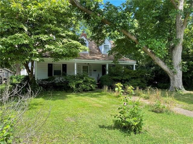 915 Blair Ave, Hampton, VA 23661 (MLS #10408015) :: AtCoastal Realty