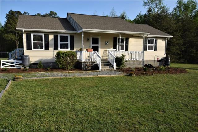 406 Waterview Rd, Middlesex County, VA 23180 (#10193625) :: Abbitt Realty Co.