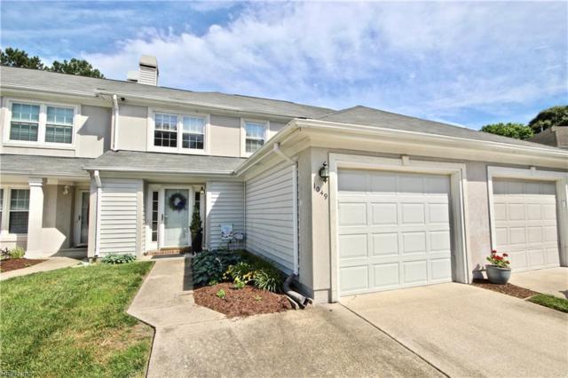 1049 Shoal Creek Trl, Chesapeake, VA 23320 (MLS #10199085) :: Chantel Ray Real Estate