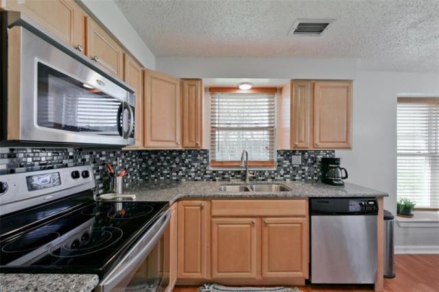 1033 Gauguin Dr, Virginia Beach, VA 23454 (MLS #10210464) :: Chantel Ray Real Estate