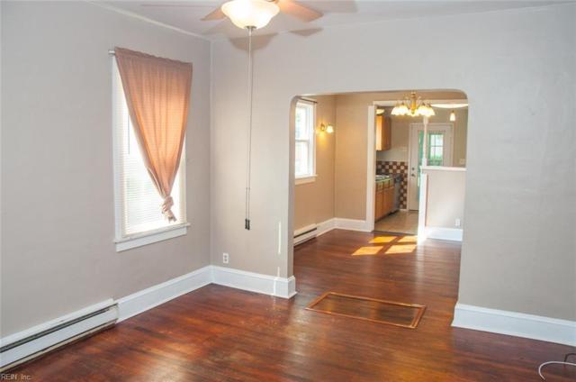 221 Cherry Ave, Hampton, VA 23661 (#10210702) :: Atkinson Realty