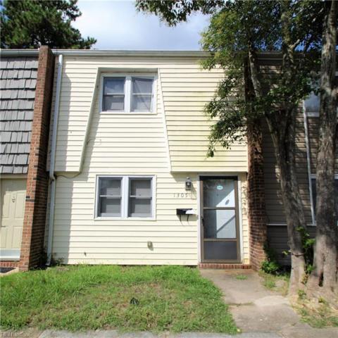 1305 Green Cedar Ln, Virginia Beach, VA 23453 (#10215555) :: Berkshire Hathaway HomeServices Towne Realty