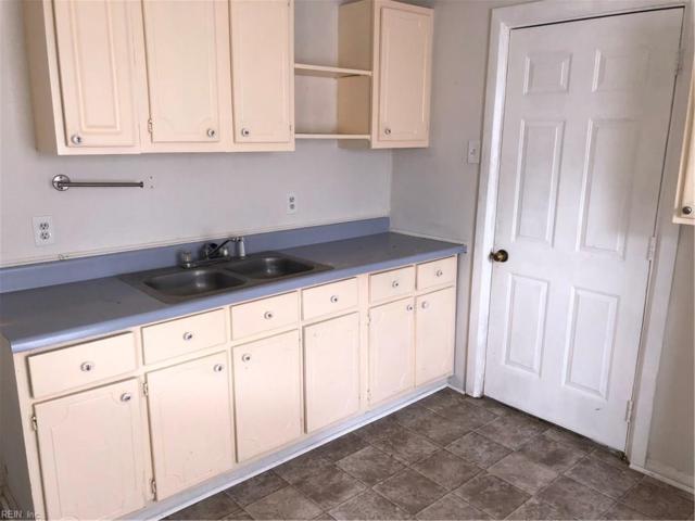 426 Ford Rd, Hampton, VA 23663 (MLS #10228474) :: AtCoastal Realty