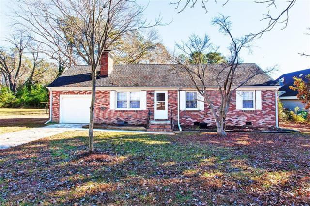 105 Palace Ln, York County, VA 23185 (#10231466) :: The Kris Weaver Real Estate Team