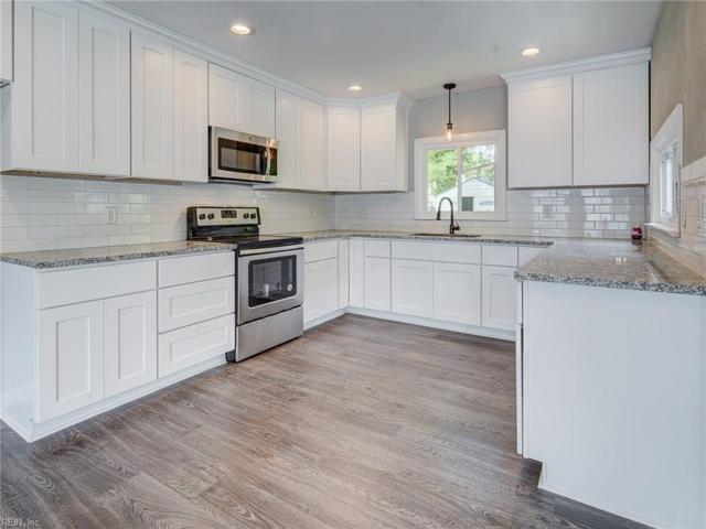 5544 Berry Hill Rd, Norfolk, VA 23502 (MLS #10255128) :: AtCoastal Realty