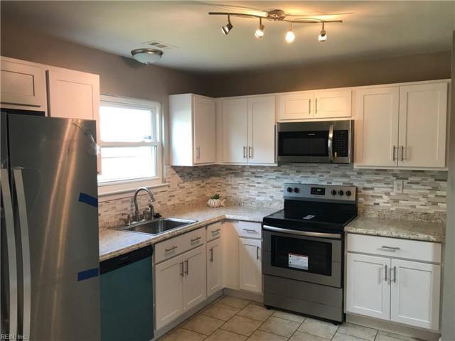 818 Chimney Hill Pw, Virginia Beach, VA 23462 (MLS #10255677) :: AtCoastal Realty