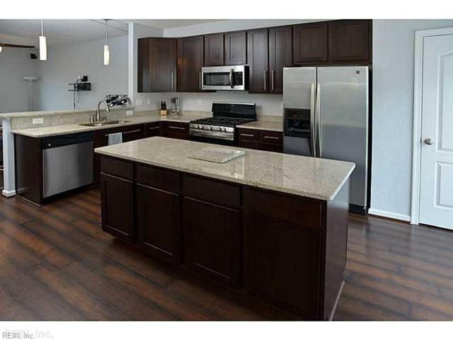 4932 Almandine Ave, Virginia Beach, VA 23462 (#10257373) :: Momentum Real Estate
