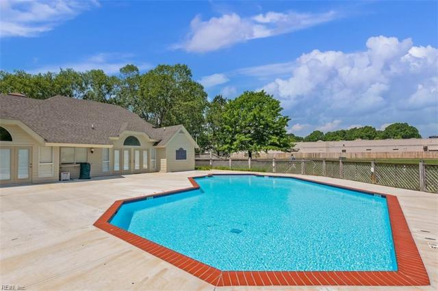 441 East Lake Cir, Chesapeake, VA 23322 (#10259953) :: Momentum Real Estate