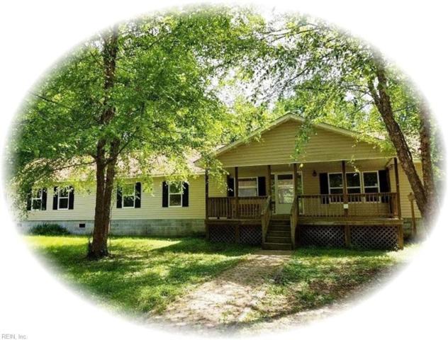 7517 Three Hickories Ln, Gloucester County, VA 23061 (#10262046) :: Kristie Weaver, REALTOR