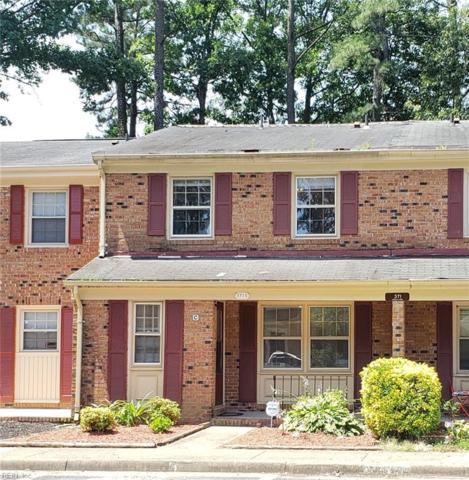 371 Circuit Ln C, Newport News, VA 23608 (MLS #10266087) :: Chantel Ray Real Estate