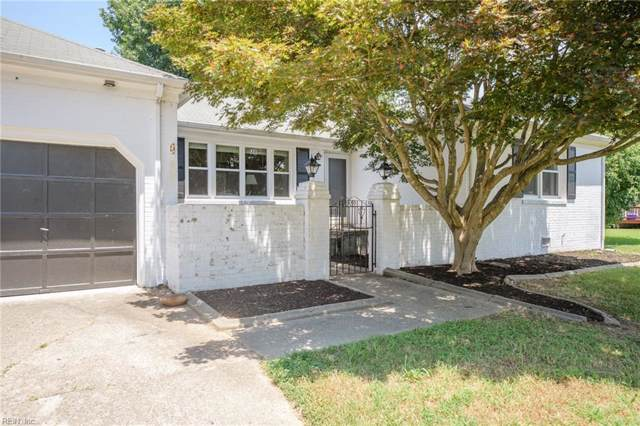 215 Shannon Dr, Newport News, VA 23608 (#10267596) :: Berkshire Hathaway HomeServices Towne Realty