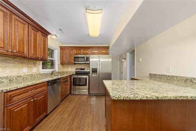 62 Harris Creek Rd, Hampton, VA 23669 (#10269534) :: Abbitt Realty Co.