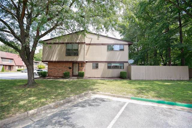 1202 Willow Green Dr, Newport News, VA 23602 (#10272515) :: Abbitt Realty Co.
