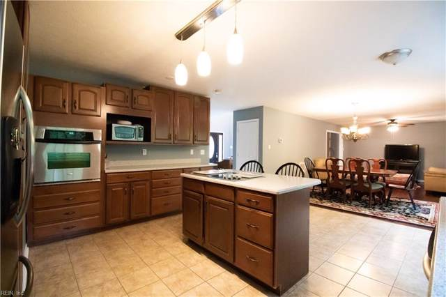 9059 Whispering Pines Trl, Isle of Wight County, VA 23487 (#10275505) :: RE/MAX Alliance