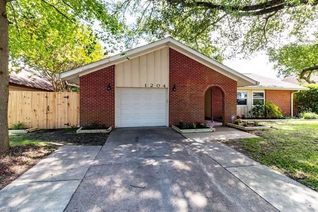 1204 Ginger Cres, Virginia Beach, VA 23453 (#10275596) :: The Kris Weaver Real Estate Team