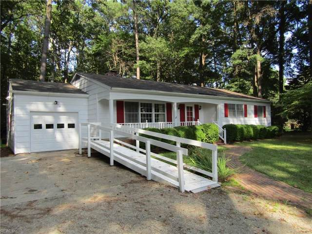 118 Hunts Neck Rd, Poquoson, VA 23662 (#10276135) :: The Kris Weaver Real Estate Team