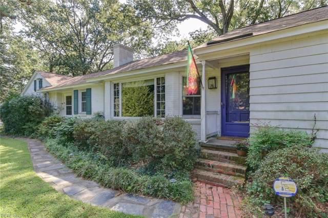 1021 Bay Colony Dr, Virginia Beach, VA 23451 (#10279285) :: The Kris Weaver Real Estate Team