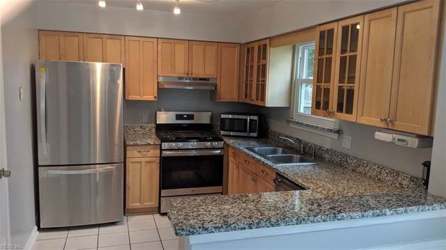 3216 Winterberry Ct, Virginia Beach, VA 23453 (#10281890) :: Rocket Real Estate