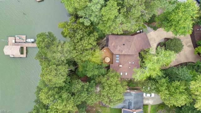 140 Breezy Point Dr, York County, VA 23692 (MLS #10282522) :: Chantel Ray Real Estate