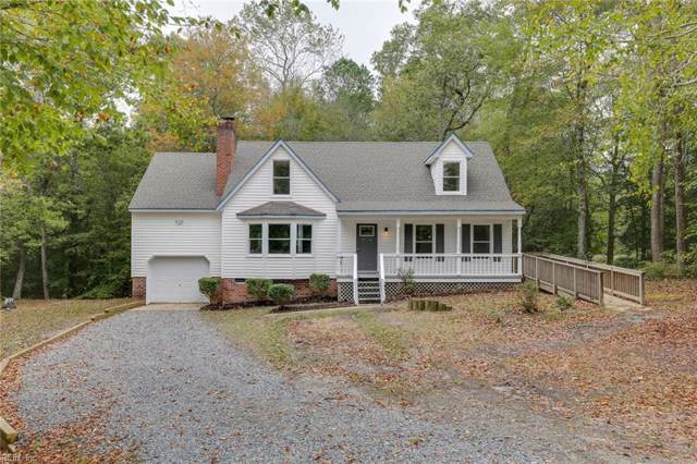 7059 Lord Carrington Dr, Gloucester County, VA 23061 (#10287075) :: Rocket Real Estate