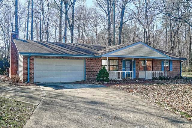 2825 Lambert Trl, Chesapeake, VA 23323 (#10287952) :: Rocket Real Estate