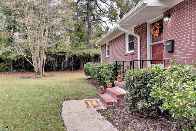46 Oxford Rd, Newport News, VA 23606 (#10288315) :: Kristie Weaver, REALTOR