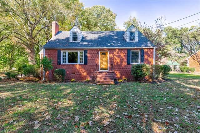207 Maxwell Ln, Newport News, VA 23606 (#10288700) :: Upscale Avenues Realty Group