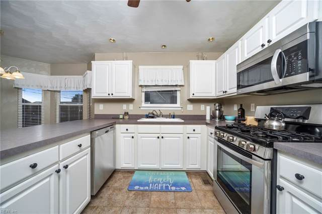 2106 Pretty Lake Ave, Norfolk, VA 23518 (#10288838) :: Upscale Avenues Realty Group