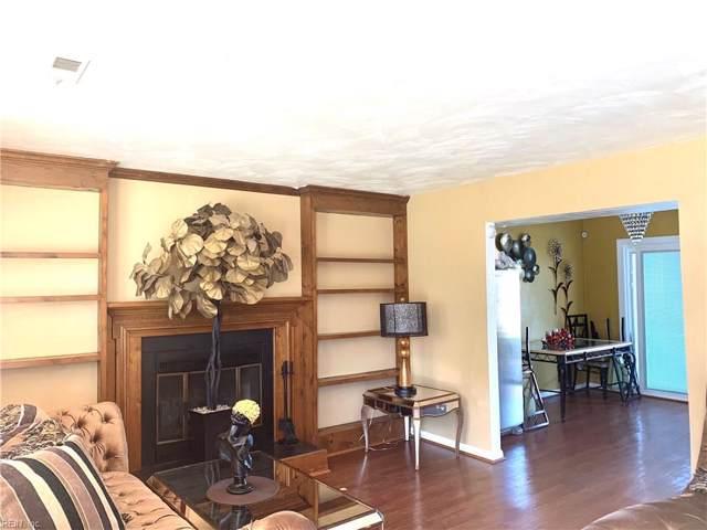 37 Westbriar Dr, Hampton, VA 23666 (MLS #10290416) :: Chantel Ray Real Estate
