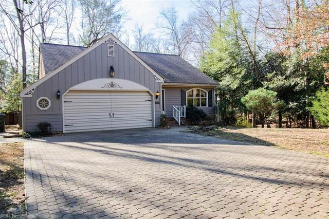 1051 Whippingham Pw, Isle of Wight County, VA 23314 (MLS #10297539) :: Chantel Ray Real Estate
