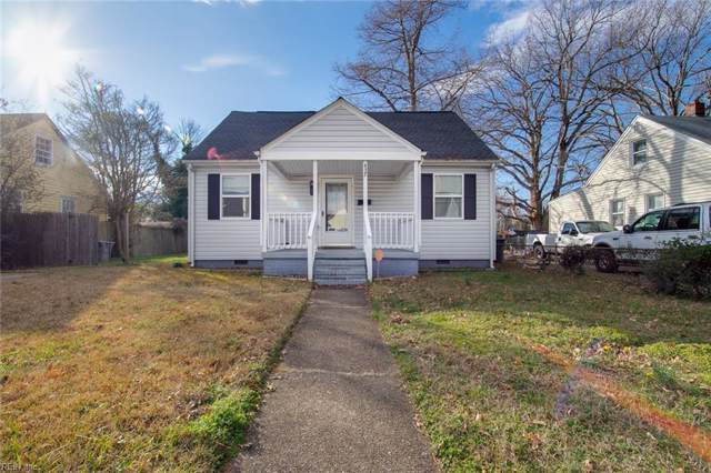 427 Melville Rd, Hampton, VA 23661 (MLS #10300658) :: Chantel Ray Real Estate