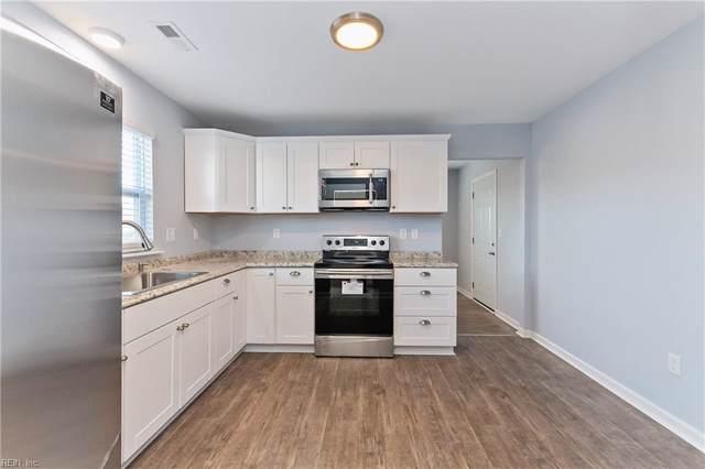 449 Rogers Ave, Hampton, VA 23664 (MLS #10300968) :: Chantel Ray Real Estate