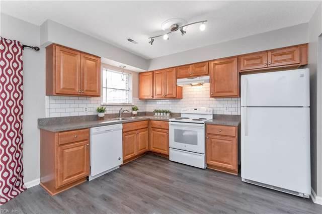 112 Tyburn Ct, Hampton, VA 23669 (MLS #10301390) :: Chantel Ray Real Estate