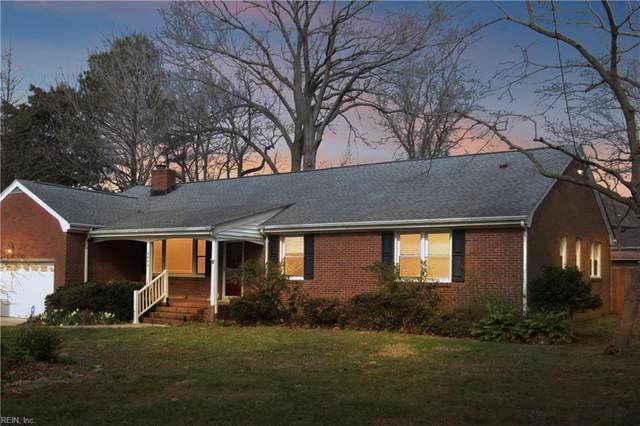 4656 Curtiss Dr, Virginia Beach, VA 23455 (MLS #10304223) :: Chantel Ray Real Estate