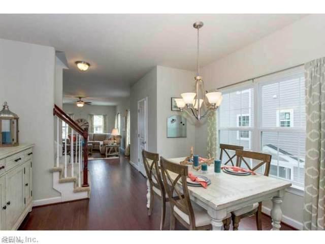 716 14th St B, Virginia Beach, VA 23451 (MLS #10307604) :: Chantel Ray Real Estate