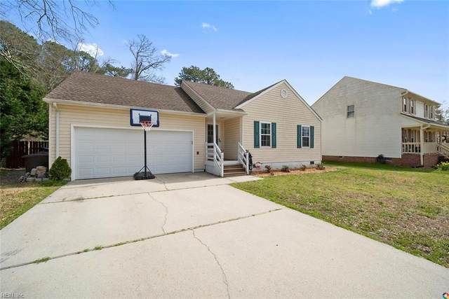 133 Waterfront Dr, Chesapeake, VA 23322 (#10309298) :: Berkshire Hathaway HomeServices Towne Realty