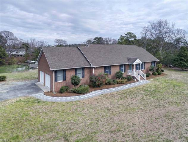 400 Meachams Cove Rd, Middlesex County, VA 23169 (MLS #10309306) :: Chantel Ray Real Estate