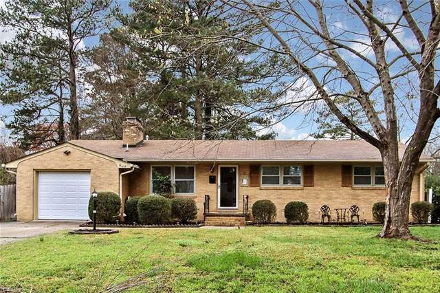 433 Eastwood Dr, Newport News, VA 23602 (MLS #10309922) :: Chantel Ray Real Estate