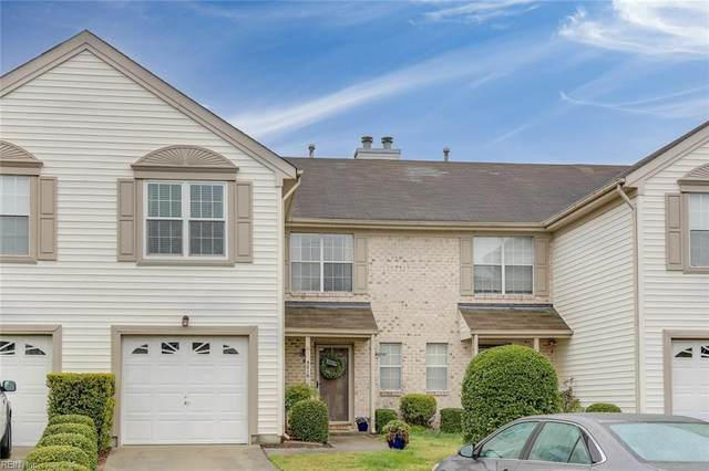 5016 Heathglen Cir, Virginia Beach, VA 23456 (#10311139) :: The Kris Weaver Real Estate Team