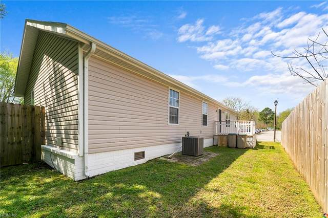 1065 Piney Marsh Ct, Virginia Beach, VA 23454 (MLS #10311845) :: Chantel Ray Real Estate