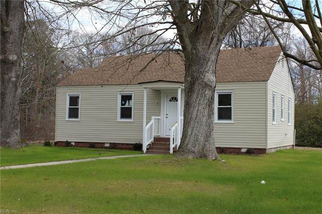 5704 Roanoke Ave, Newport News, VA 23605 (MLS #10312092) :: Chantel Ray Real Estate