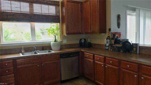 5329 Warminster Dr #201, Virginia Beach, VA 23455 (#10315538) :: Rocket Real Estate