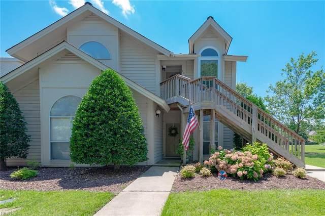 429 E Lake Cir, Chesapeake, VA 23322 (#10328566) :: Encompass Real Estate Solutions