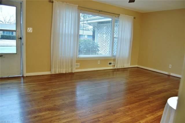 428 Caren Dr, Virginia Beach, VA 23452 (#10329201) :: The Kris Weaver Real Estate Team