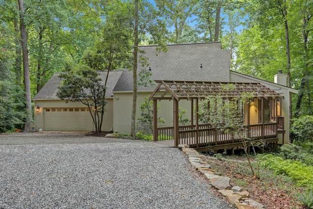 206 Southpoint Dr, James City County, VA 23185 (#10331912) :: Atlantic Sotheby's International Realty